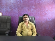 Manager of a small loom in Surat, Gujarat