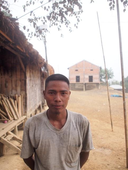 Bru tribal. Damparengpui, Mamit, Mizoram. https://scroll.in/article/713794/in-a-tiger-reserve-in-mizoram-camera-traps-are-taking-pictures-of-gunmen