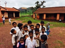 Schoolkids in Keonjhar. One of the most unequal places in all of India (https://scroll.in/article/758158/what-a-primary-school-in-keonjhar-tells-us-about-odishas-misplaced-government-spending)